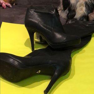 Thalia Sodi: Thigh-Boots!